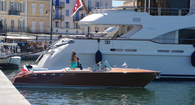 With the tender to St Tropez